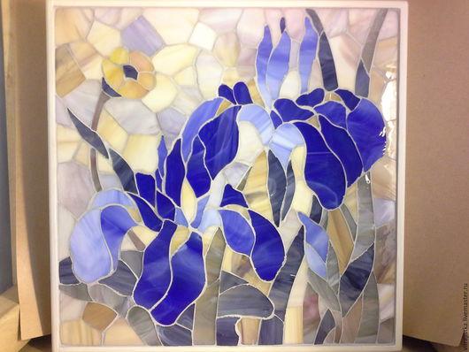 """Экстерьер и дача ручной работы. Ярмарка Мастеров - ручная работа. Купить мозаика из стекла ,, Ирисы"""". Handmade. Бежевый, ирисы, интерьер"""