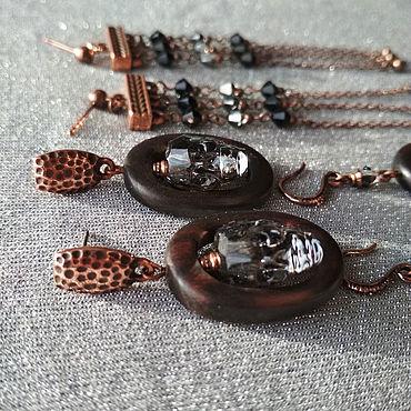 Украшения ручной работы. Ярмарка Мастеров - ручная работа Серьги: Кристальные серые черепа. Handmade.