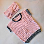 Работы для детей, ручной работы. Ярмарка Мастеров - ручная работа Детский набор для девочки 2-3 года:вязаный жилет и повязка.Розовый.. Handmade.