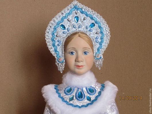 Кукла Снегурочка 2  в красивой бирюзово-голубой одежде и русском кокошнике. Высота 43 см.  Авторская новогодняя кукла подготовлена в пару к `Деду Морозу в подарок` (50 см). Ручная работа.