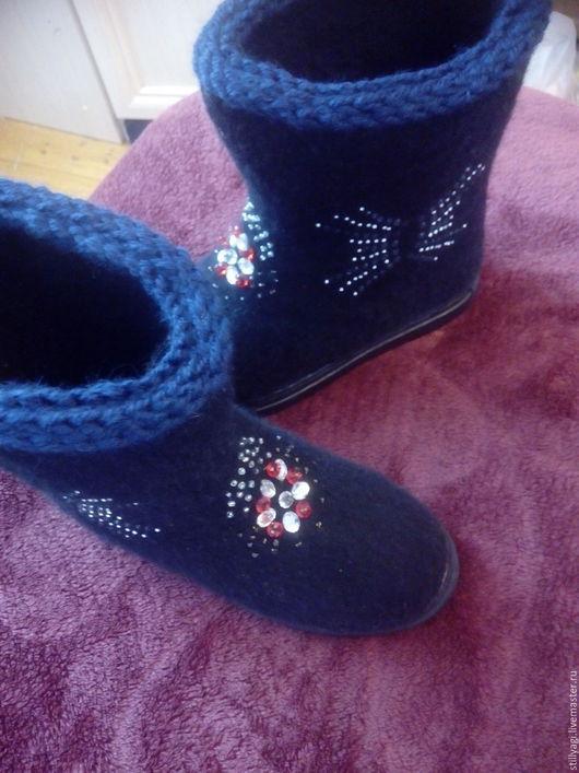 """Обувь ручной работы. Ярмарка Мастеров - ручная работа. Купить Валенки - короткие на подошве """" Чёрные"""". Handmade. Черный"""