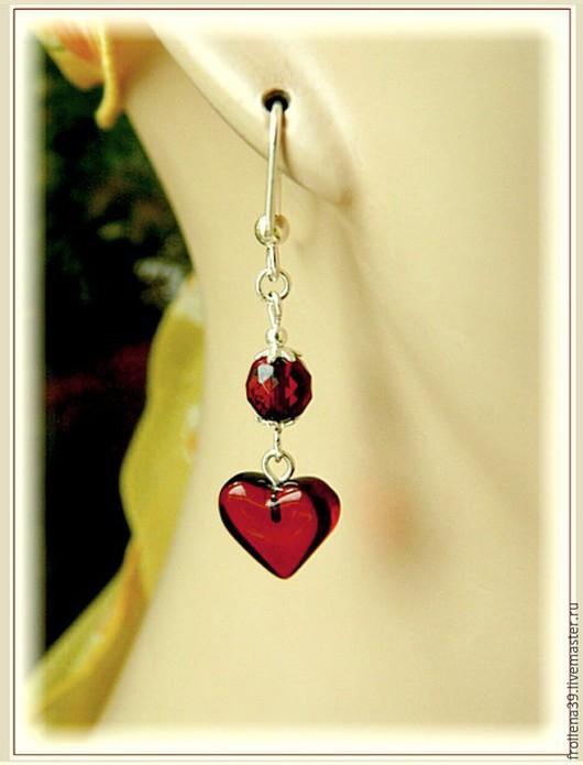 """Серьги ручной работы. Ярмарка Мастеров - ручная работа. Купить Серьги """"Гранатовое сердце""""  янтарь серебро. Handmade. Бордовый"""