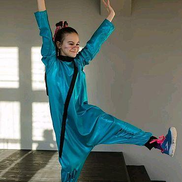 Одежда ручной работы. Ярмарка Мастеров - ручная работа Комбинезоны: Детская  пижама стилизованный комбинезон зеленый металлик. Handmade.