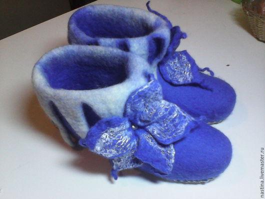 """Обувь ручной работы. Ярмарка Мастеров - ручная работа. Купить валенки домашние """"Синий иний"""". Handmade. Голубой, уют"""