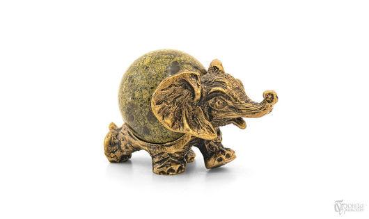 Статуэтки ручной работы. Ярмарка Мастеров - ручная работа. Купить Статуэтка «Слон №7» с шаром. Handmade. Бронза, слон, слоники