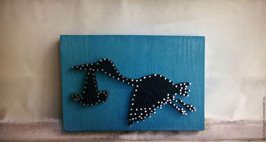 Фантазийные сюжеты ручной работы. Ярмарка Мастеров - ручная работа. Купить картина Несем малыша в технике стринг арт. Handmade.