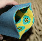 Сумки и аксессуары ручной работы. Ярмарка Мастеров - ручная работа Чехол для телефона Серый + желтый с изумрудным. Handmade.