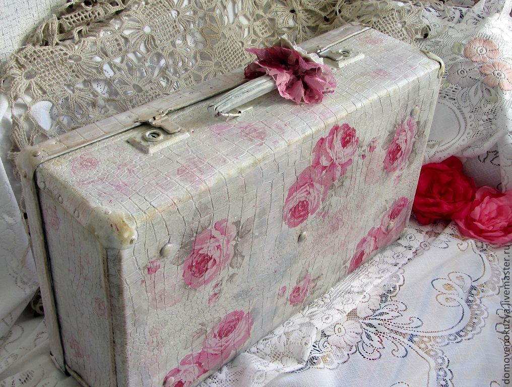pink mood vintage suitcase shabby chic shop online on livemaster with shipping 4ttzfcom. Black Bedroom Furniture Sets. Home Design Ideas