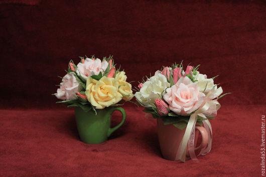 Букеты ручной работы. Ярмарка Мастеров - ручная работа. Купить Букет из роз в чашке (1). Handmade. Букет из конфет, розы