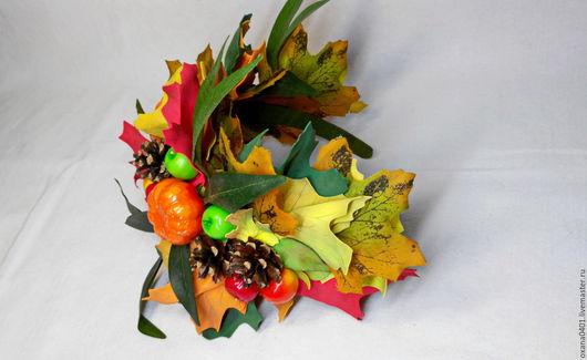 Диадемы, обручи ручной работы. Ярмарка Мастеров - ручная работа. Купить Осенний ободок из фоамирана с шишками и ягодами. Handmade. Рыжий