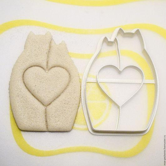 Коты с сердцем (02). Вырубка для пряников, печенья, мастики, поделок из соленого теста. Образец оттиска на соленом тесте.