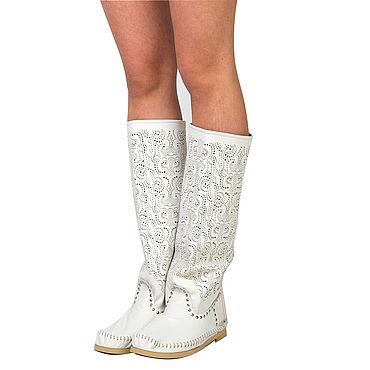 Обувь ручной работы. Ярмарка Мастеров - ручная работа Летние сапоги PIZZO белые/ на босую ногу /Кружевная  перфорация. Handmade.