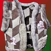 Работы для детей, ручной работы. Ярмарка Мастеров - ручная работа Жилет детский из овчины. Handmade.