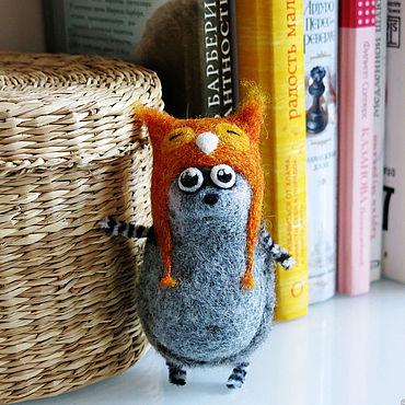 Куклы и игрушки ручной работы. Ярмарка Мастеров - ручная работа Ежик войлочный в шапке под сову - валяная игрушка еж. Handmade.