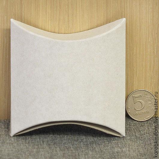 Упаковка ручной работы. Ярмарка Мастеров - ручная работа. Купить Коробочка-подушечка 9,5х6х3 см белая. Handmade. Бонбоньерка