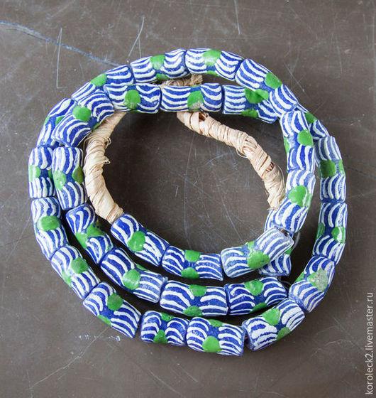 Для украшений ручной работы. Ярмарка Мастеров - ручная работа. Купить Синие с белой волной стеклянные бусины-трубочки 22 мм, Африка. Handmade.