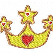 Дизайн и реклама ручной работы. Ярмарка Мастеров - ручная работа корона и сердечки для юной принцессы дизайн машинной вышивки. Handmade.