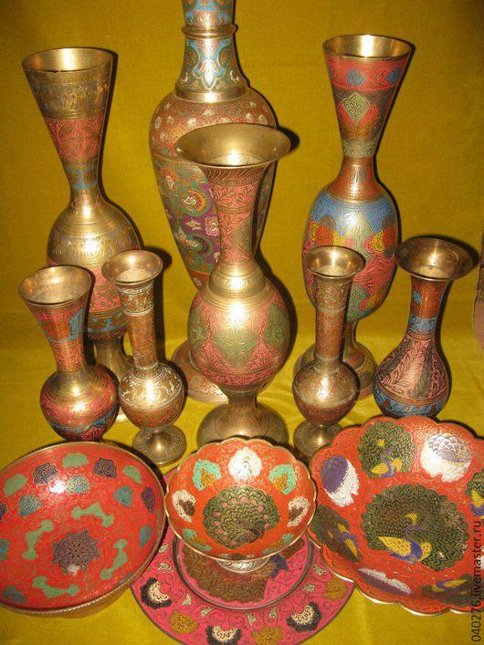 Коллекция латунных ваз 1950-80 годов, Индия. Полихромная ручная роспись, богато декорированных поверхностей. Вазы для цветов и фруктов, конфетницы станут настоящим украшением вашей коллекции.