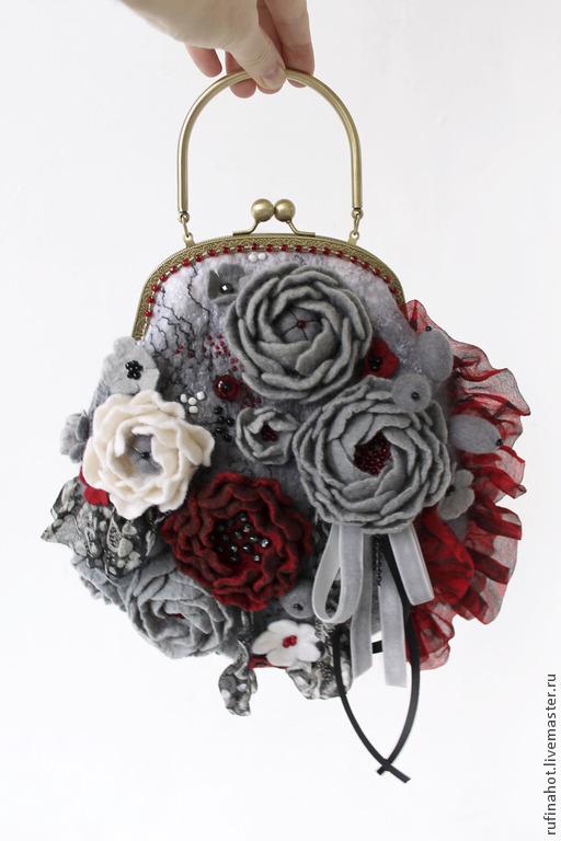 Женские сумки ручной работы. Ярмарка Мастеров - ручная работа. Купить Сумка женская. Лепестки красных роз. Handmade.