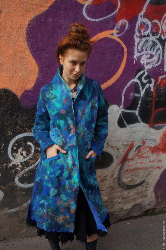 Верхняя одежда ручной работы. Ярмарка Мастеров - ручная работа. Купить пальто легкое шелковое валяное из мериноса. Handmade. Синий