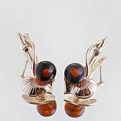 Серьги классические ручной работы. Ярмарка Мастеров - ручная работа Яркие серьги в позолоте и с натуральным янтарем. Handmade.