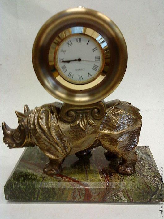 """Часы для дома ручной работы. Ярмарка Мастеров - ручная работа. Купить Часы каминные """"Носорог"""". Handmade. Коричневый, часы, патина"""