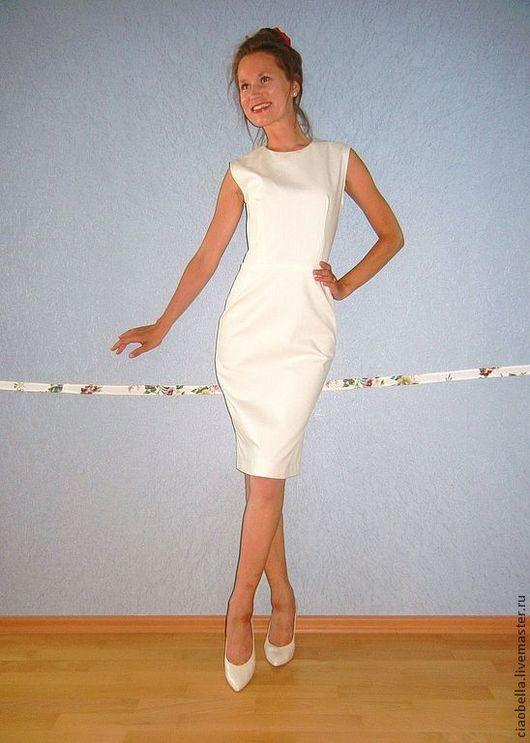 """Платья ручной работы. Ярмарка Мастеров - ручная работа. Купить Платье-футляр """"Manuela"""". Handmade. Белый, узкое платье"""