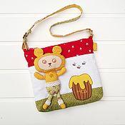 Работы для детей, ручной работы. Ярмарка Мастеров - ручная работа Детская сумочка с игрушкой. Handmade.