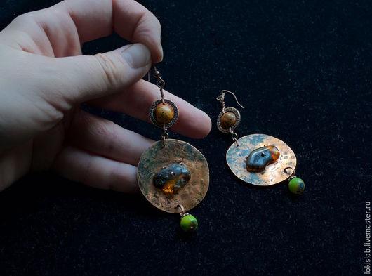 Серьги ручной работы. Ярмарка Мастеров - ручная работа. Купить Серьги из меди с янтарем и натуральными камнями. Handmade. Комбинированный, медь