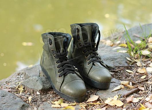 Обувь ручной работы. Ярмарка Мастеров - ручная работа. Купить Кеды высокие из перфорированной кожи Хаки. Handmade. Кеды