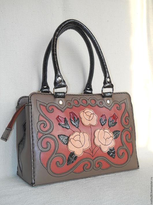 Женские сумки ручной работы. Ярмарка Мастеров - ручная работа. Купить Сумка Розово-серое кружево натуральная кожа. Handmade.