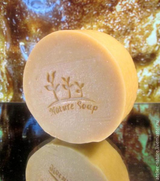Мыло-шампунь на пиве для нормальных и жирных волос.