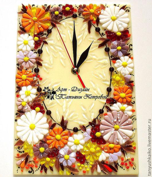 Часы для дома ручной работы. Ярмарка Мастеров - ручная работа. Купить часы ПЕРВОЕ ПРИЗНАНИЕ, фьюзинг. Handmade. Настенные часы