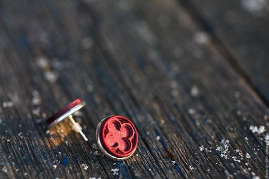 Серьги ручной работы. Ярмарка Мастеров - ручная работа. Купить (Амарант) Готические круглые серьги-гвоздики.. Handmade. Фуксия, крестоцвет
