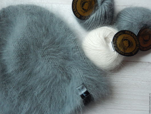 Шапки ручной работы. Ярмарка Мастеров - ручная работа. Купить Вязаная шапка бини из элитной пушистой ангоры. Handmade.