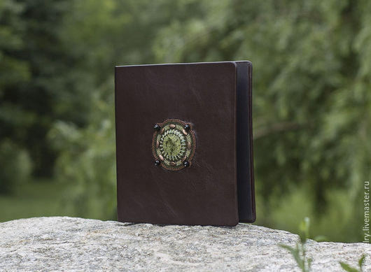 """Подарки для мужчин, ручной работы. Ярмарка Мастеров - ручная работа. Купить Альбом для монет или бон """"Магия друидов"""" (натуральная кожа). Handmade."""