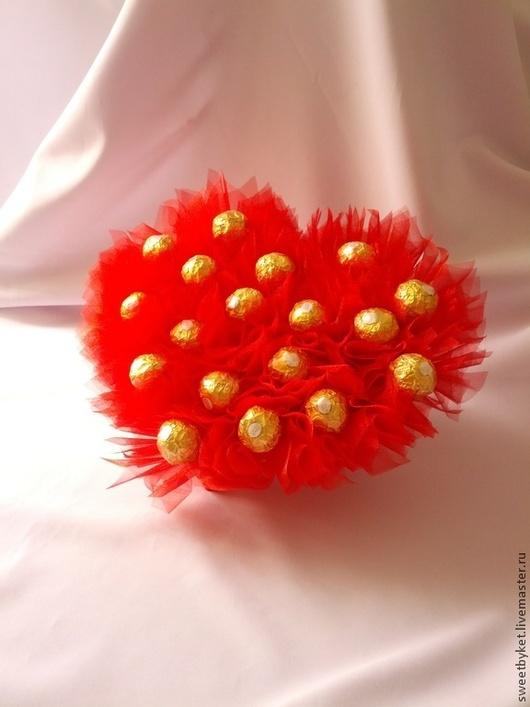 """Подарки для влюбленных ручной работы. Ярмарка Мастеров - ручная работа. Купить Букет из конфет """"Империя любви"""". Handmade. Сладкий подарок"""