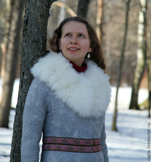 Верхняя одежда ручной работы. Ярмарка Мастеров - ручная работа. Купить Пальто валяное с меховым воротником. Handmade. Серый, пальто