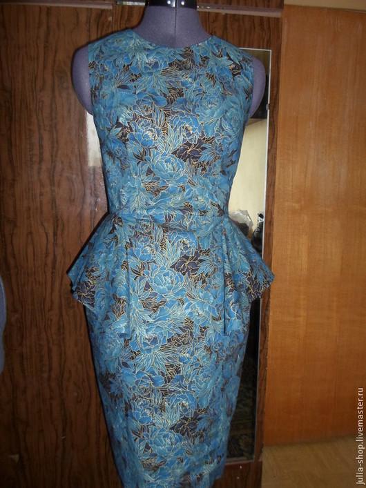"""Платья ручной работы. Ярмарка Мастеров - ручная работа. Купить Нарядное / коктейльное платье с баской  """"Розы в золотом"""". Handmade."""