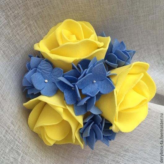 Заколки ручной работы. Ярмарка Мастеров - ручная работа. Купить Заколка автомат. Желтые розы и синияя гортензия из фоамирана.. Handmade.