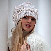 Аксессуары ручной работы. Ярмарка Мастеров - ручная работа Белая шапочка. Handmade.