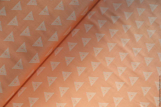 """Шитье ручной работы. Ярмарка Мастеров - ручная работа. Купить Ткань  хлопок  для пэчворка персиковая """"Треугольники"""". Корея. Handmade. Кремовый"""