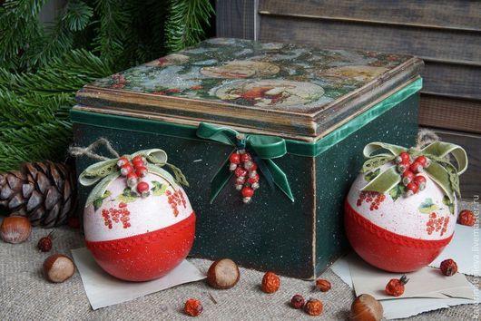 """Новый год 2017 ручной работы. Ярмарка Мастеров - ручная работа. Купить """"Гроздья смородины.."""" набор елочных шаров. Handmade."""