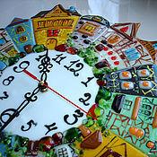 Для дома и интерьера ручной работы. Ярмарка Мастеров - ручная работа Часы с домиками из стекла. Фьюзинг.. Handmade.