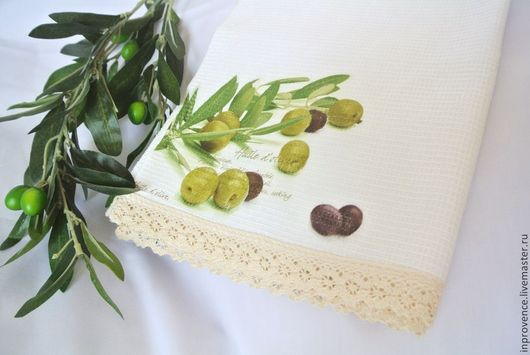 Полотенце вафельное с хб кружевом Оливки в стиле Прованс. текстиль для кухни. полотенце для декора кухни. кухонные аксессуары. полотенца с принтом.