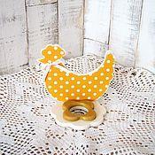 Подарки к праздникам ручной работы. Ярмарка Мастеров - ручная работа Пасхальная курочка Желтая подставка для яйца, подставка декупаж. Handmade.