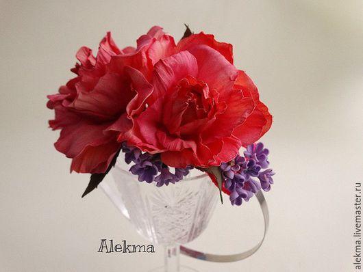 Диадемы, обручи ручной работы. Ярмарка Мастеров - ручная работа. Купить ободок из красных роз и веточки сирени Очарование. Handmade.