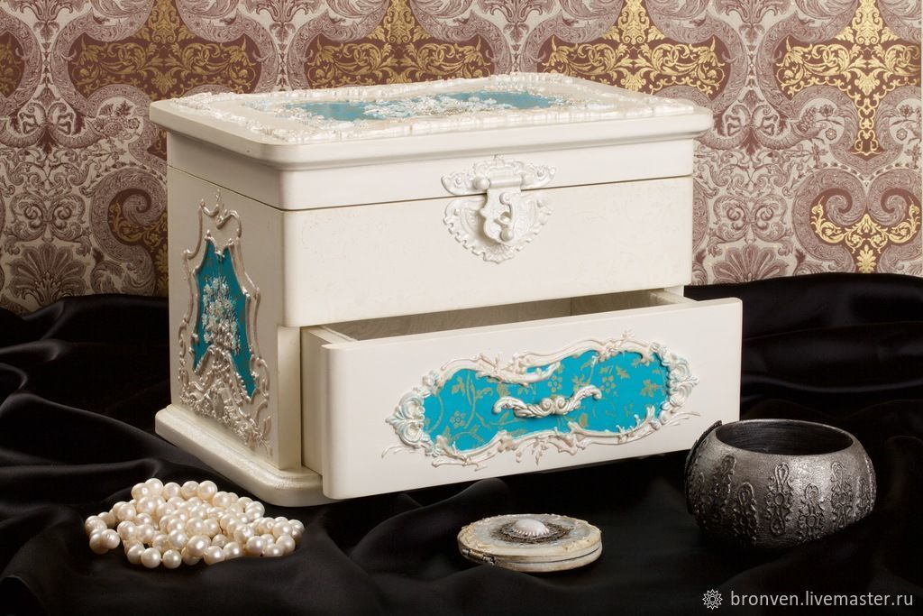 Jewelry box made of wood 'Empress', Dressers, Moscow,  Фото №1