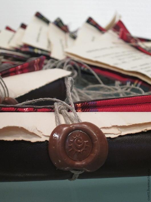 Открытка-свиток SOULCARD `SCOTLAND` в духе старой Англии. Новогоднее послание. Письмо от Деда Мороза. Пожелания на юбилей.