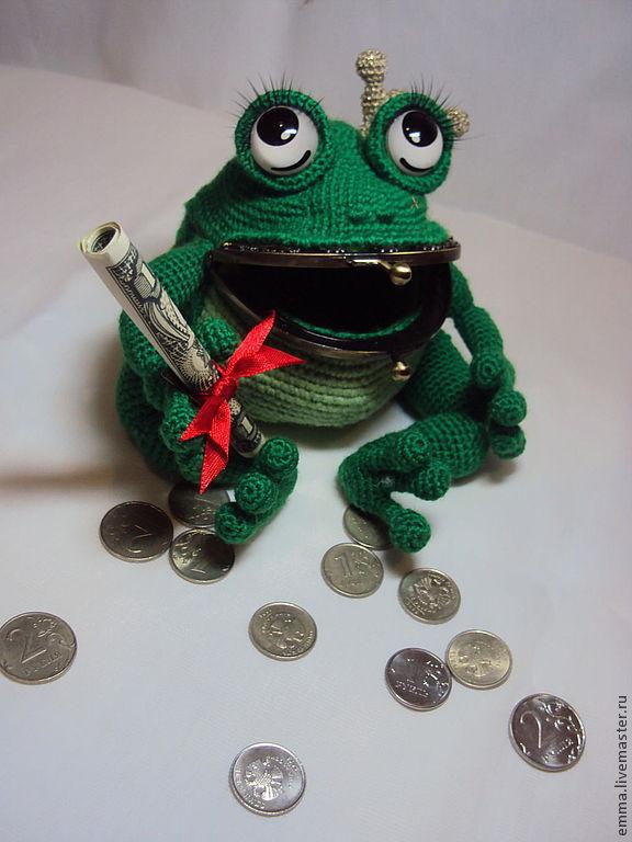 Как обыграть подарок лягушку